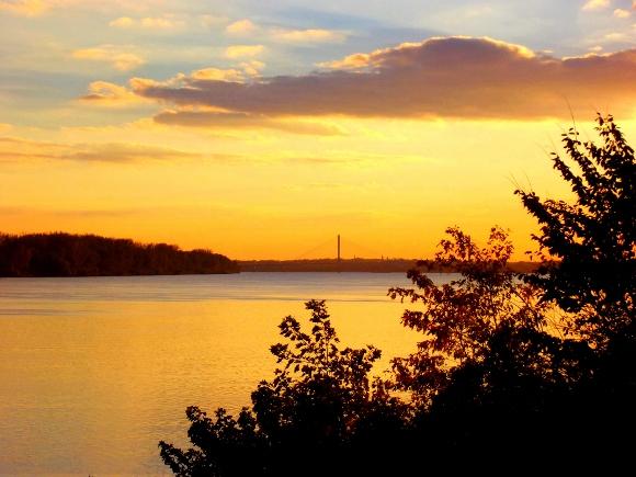 12. Grand Ohio River Views