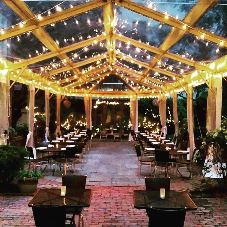 Restaurants near Georgia Dome: Restaurants in Atlanta