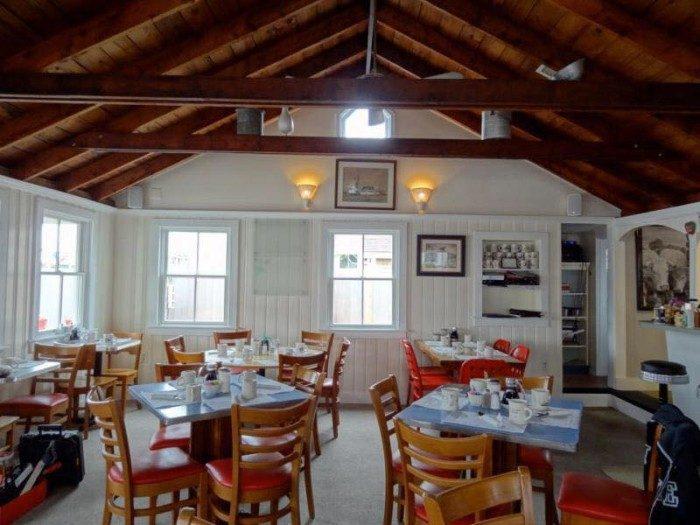 13 Best Retro Diners In Massachusetts