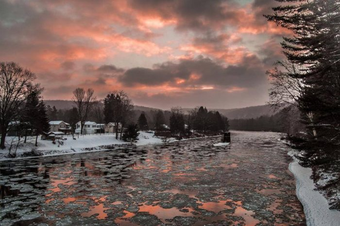 6. The Clarion River looks unseasonal, yes, but absolutely stunning in this photograph taken by Mountain Man Photography.