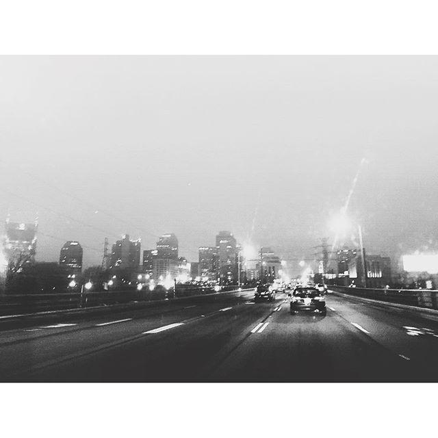 8. Drive through Nashville at dawn.