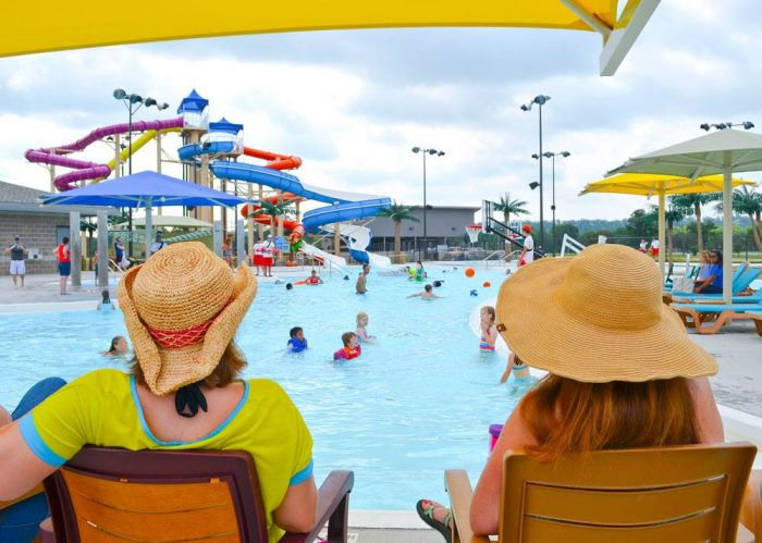 3. Parrot Island Waterpark (Fort Smith)