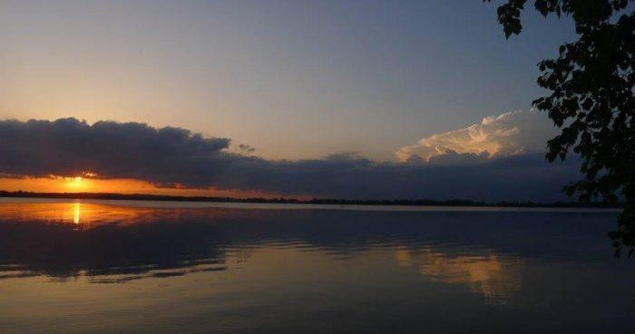 4. Pearl Lake