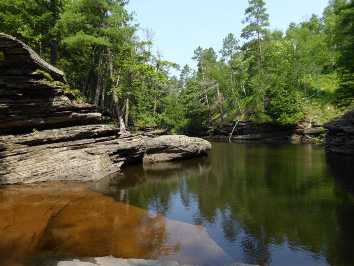 4. Presque Isle River