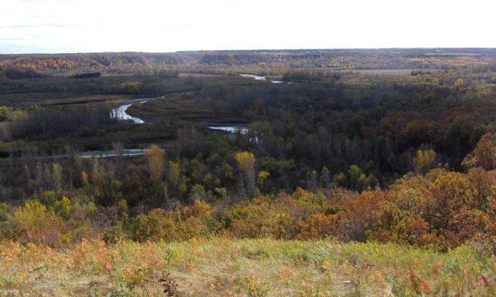 8. Pipeline Trail