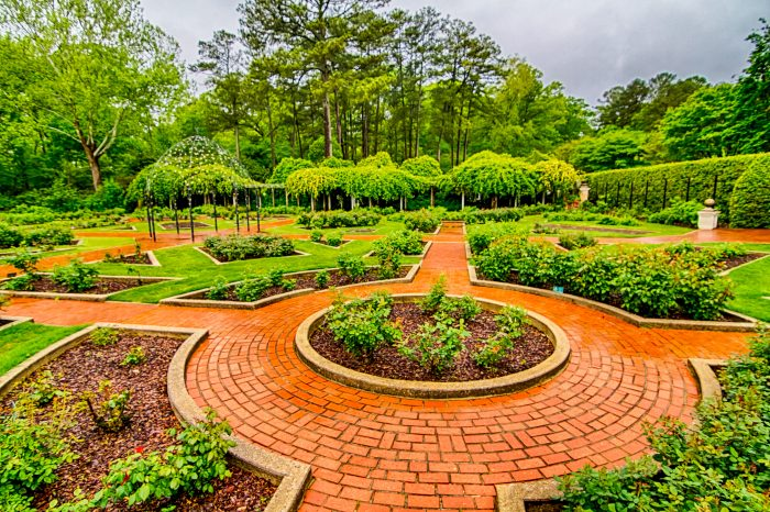 8. This photo of Birmingham Botanical Gardens proves how beautiful Alabama's largest living museum truly is.