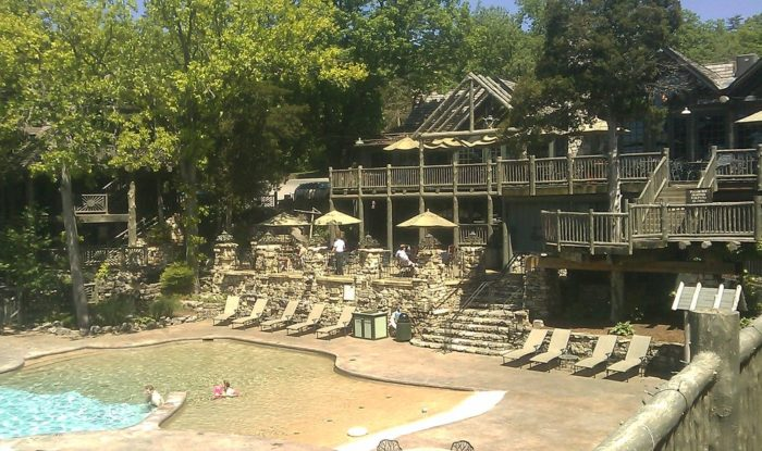 Devil's Pool Restaurant and Buzzard Bar