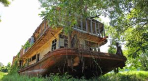 You Won't Believe What's Hiding In Plain Sight Near The Mississippi River