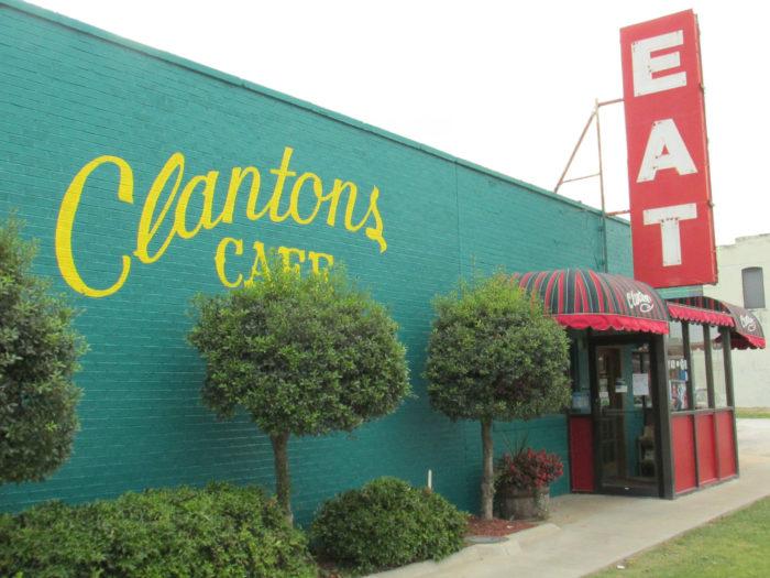 2. Clanton's Café