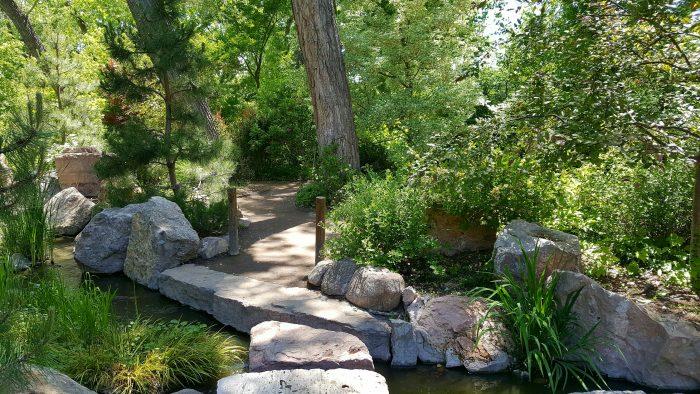 The Albuquerque BioPark Is A Lush Oasis Hiding In The Desert