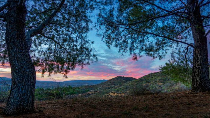 12. Santa Clarita at sunset looks like a precious painting capturing the innocence of a watercolor sky.