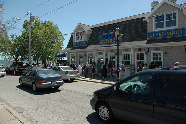 10. You'll wait in line for hours for good clam cakes and chowder.