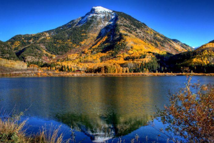 15. Ravishing reflections over Beaver Lake