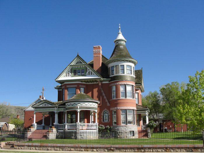 4. Ferris Mansion Bed & Breakfast