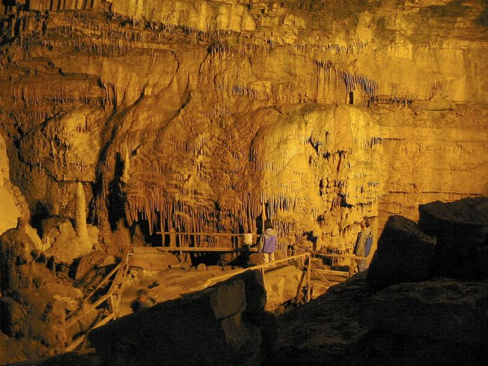 9. Lost World Caverns