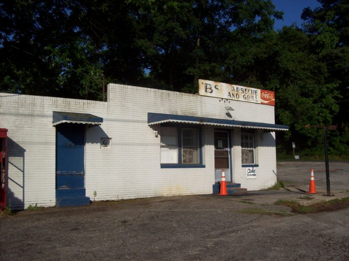 5. Even if the restaurant looks slightly abandoned and/or questionable...GO INSIDE (or to the window) you'll find some of the best NC cuisine there.