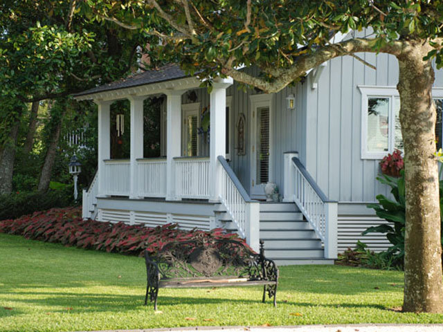 Where to stay: Point Clear Cottages offer Southern hospitality and charming accommodations in very scenic surroundings on the bay.