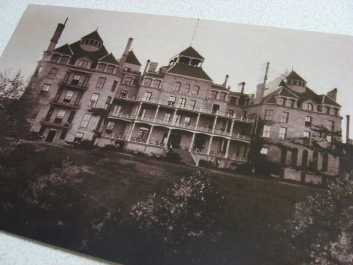 5. The Crescent Hotel (Eureka Springs)