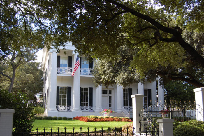 10. Tour the Governor's Mansion.
