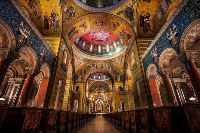 4.2. St._Louis_Cathedral_Basilica_Main_Isle