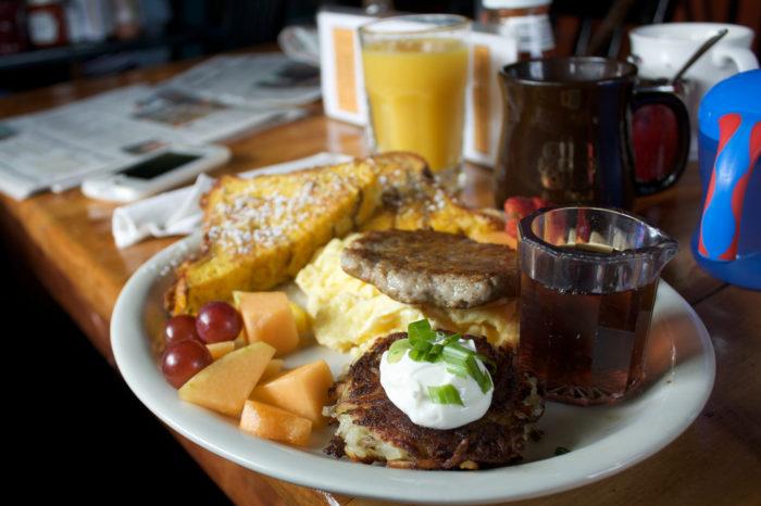 12 best restaurants that serve brunch in portland for Restaurants that serve brunch