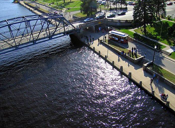 4. Stillwater Trolley Tour