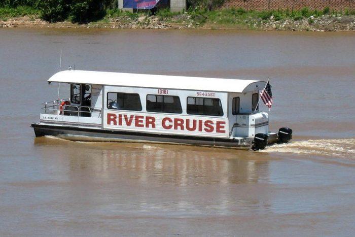 7) Spirit of the Red River Cruise, 820 Clyde Fant Pkwy, Shreveport