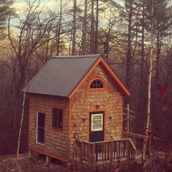 The Crooked River Tiny House In Maine Is Like No Other House