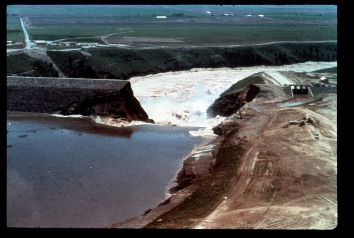 As the dam began to be filled for the first time, small seepage spots began appearing on the surface of the earth.