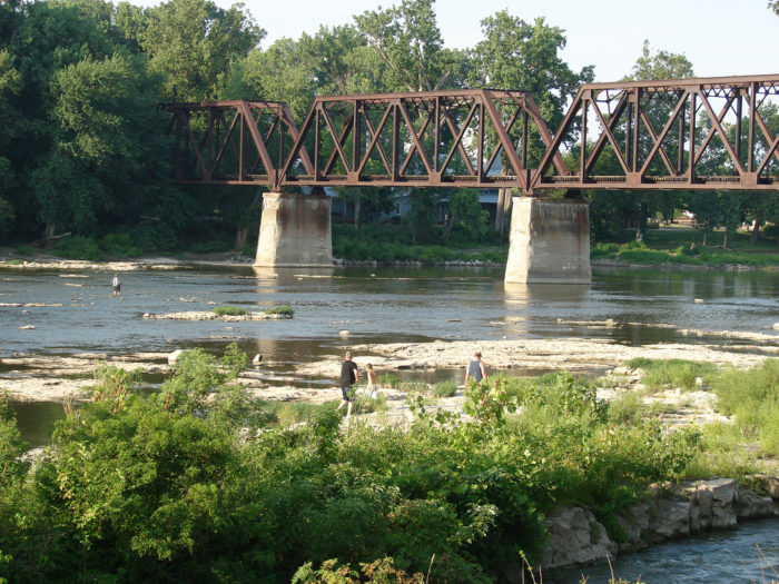9. Maumee Valley Scenic Byway (River Road, SR. 110, SR 65, I-75)