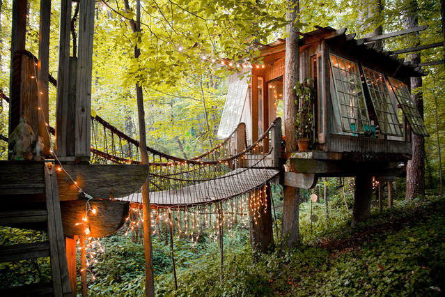 15 Most Amazing Treehouses In America Lakes Dollhouse Tree House Designer on