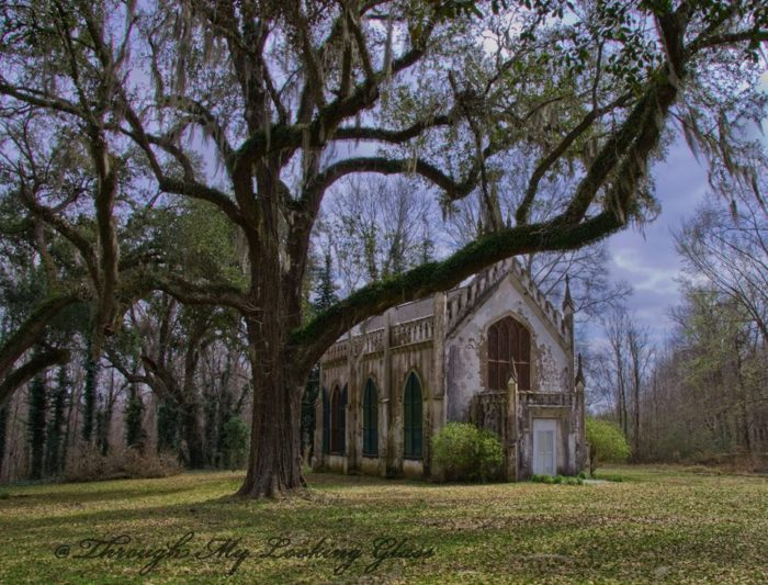 The first rector of the Episcopal church was Rev. Daniel H. Deacon. According to a report from 1842, Rev. Deacon's primary role was visiting the plantation's slaves throughout the week and christening their children.