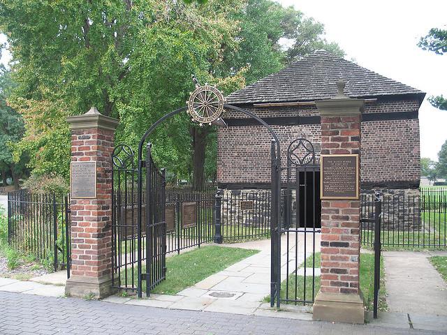 1. The Fort Pitt Block House