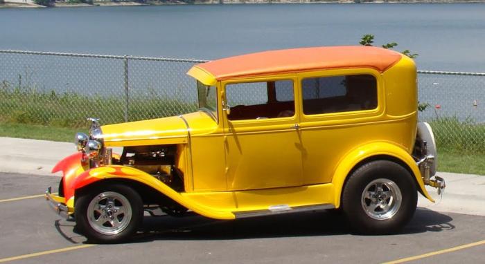 6. Classic Car Show & Oktoberfest