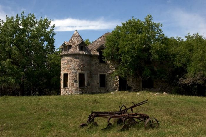 5. This castle peeking out from behind the trees is called the Coghlan Castle. It's over a century old, and is located in St. John, ND.