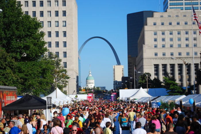 7.Fun events throughout the state, from festivals to parades.