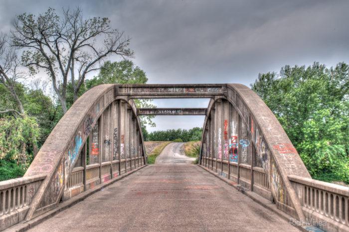 6. Hartford Bridge (Hartford)