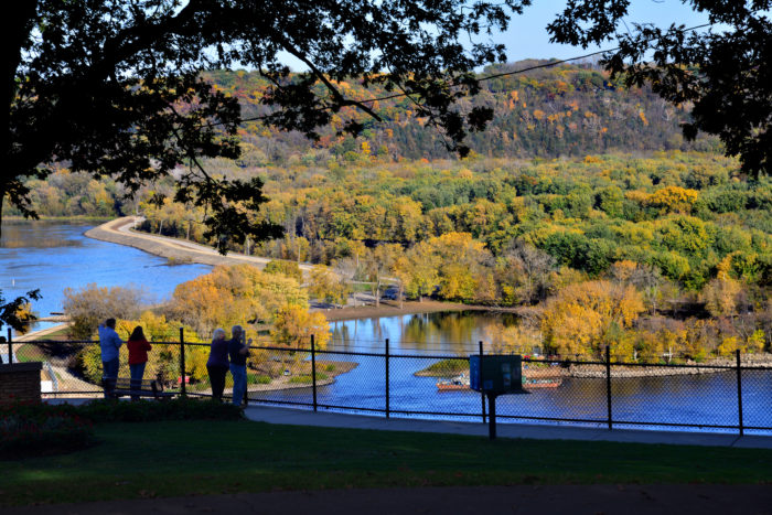 4. Admire the view at Eagle Point Park in Dubuque.