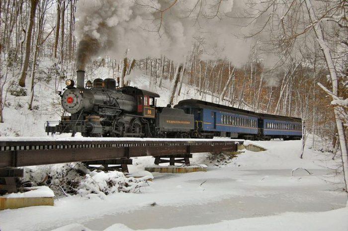 Wilmington & Western Railroad train Delaware snow