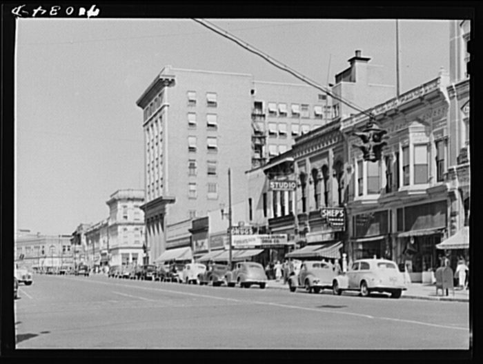 9. Here's what Walla Walla's Main Street looked like in 1941.