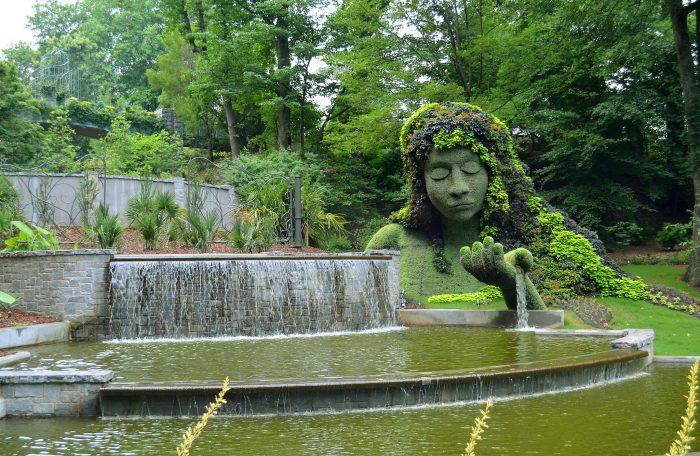 10. Spring is for Botanical Gardens.
