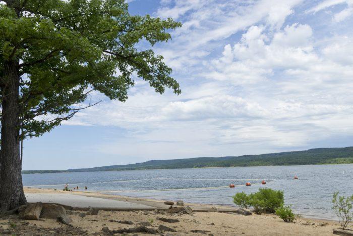 4. Greers Ferry Lake (Heber Springs)