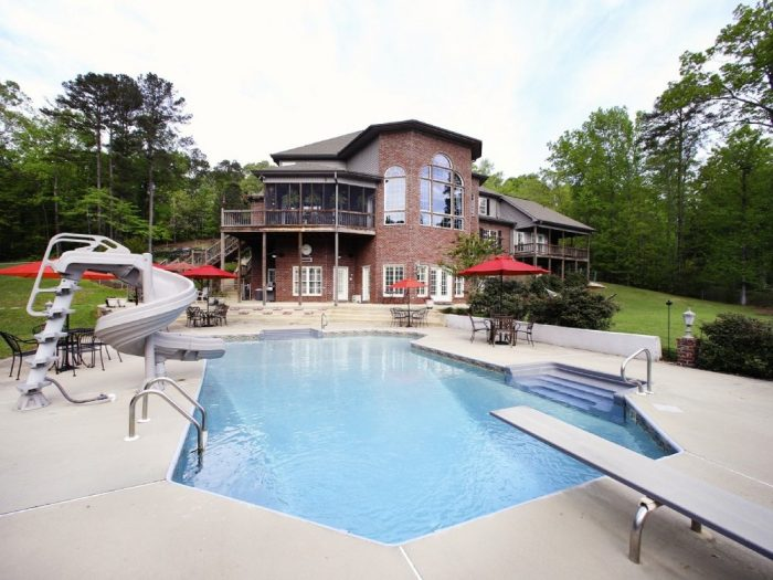 3. Bama Bed & Breakfast - Tuscaloosa