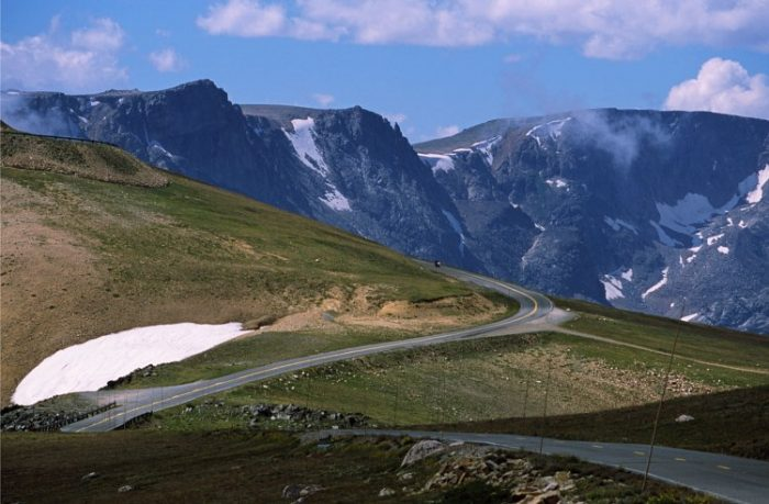 1. Beartooth Scenic Highway