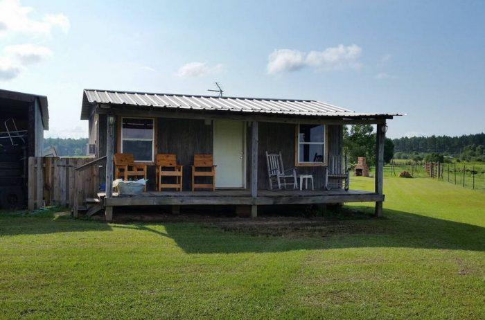 8. Rustic Rural Cabin - Loxley, AL