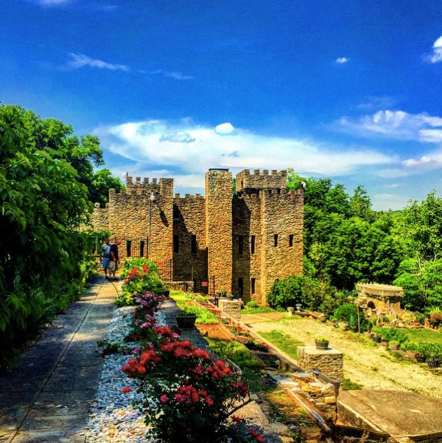 1. The Chateau Laroche (Loveland)