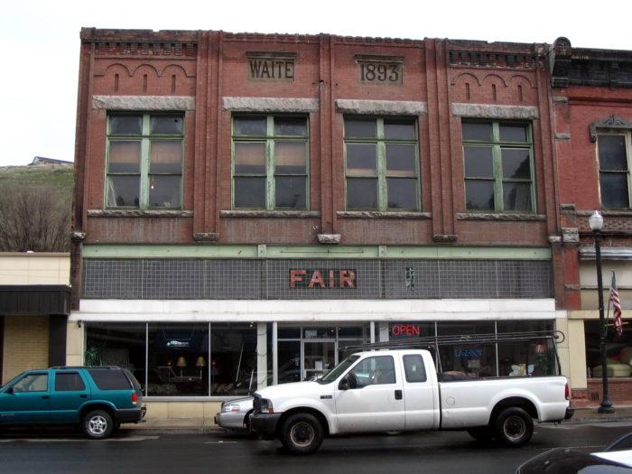 Colfax,_WA_-_Waite_Building
