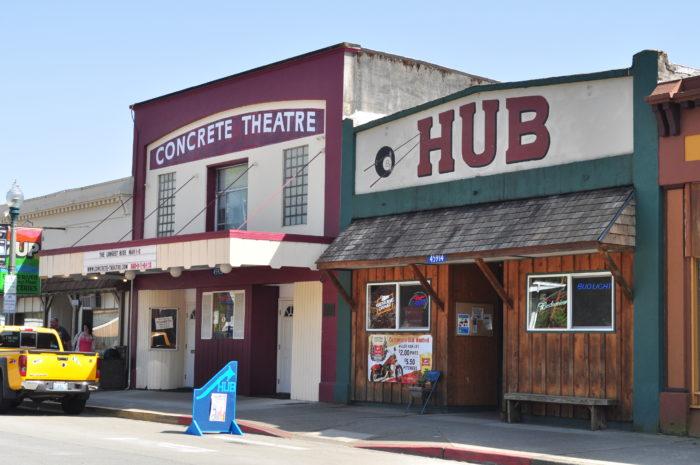 Concrete,_WA_-_Concrete_Theatre_and_Hub_01