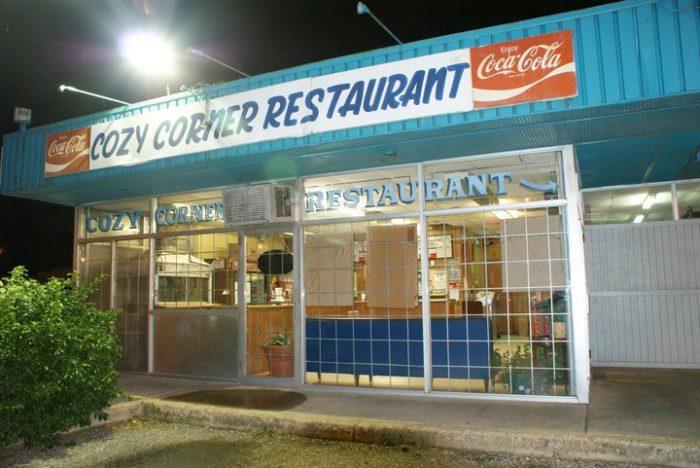 4. Cozy Corner BBQ- Memphis