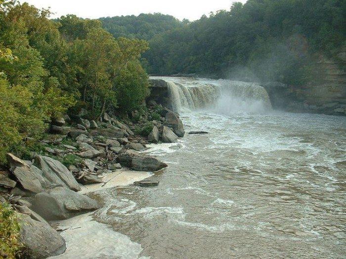 Kentucky: Cumberland Falls
